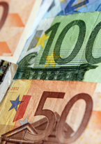 Fees, student aid differ widely across Europe